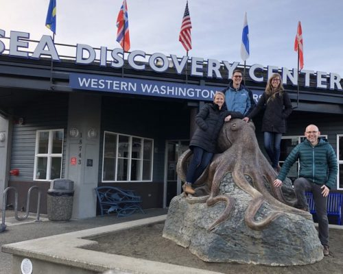 Crab Team members getting ready for a new volunteer training at the Poulsbo Sea Discovery Center. (L to R: Kelly, Jeff, Emily, and Sean)